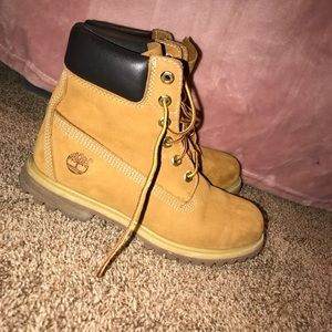 Timberland wheat color boots premium new